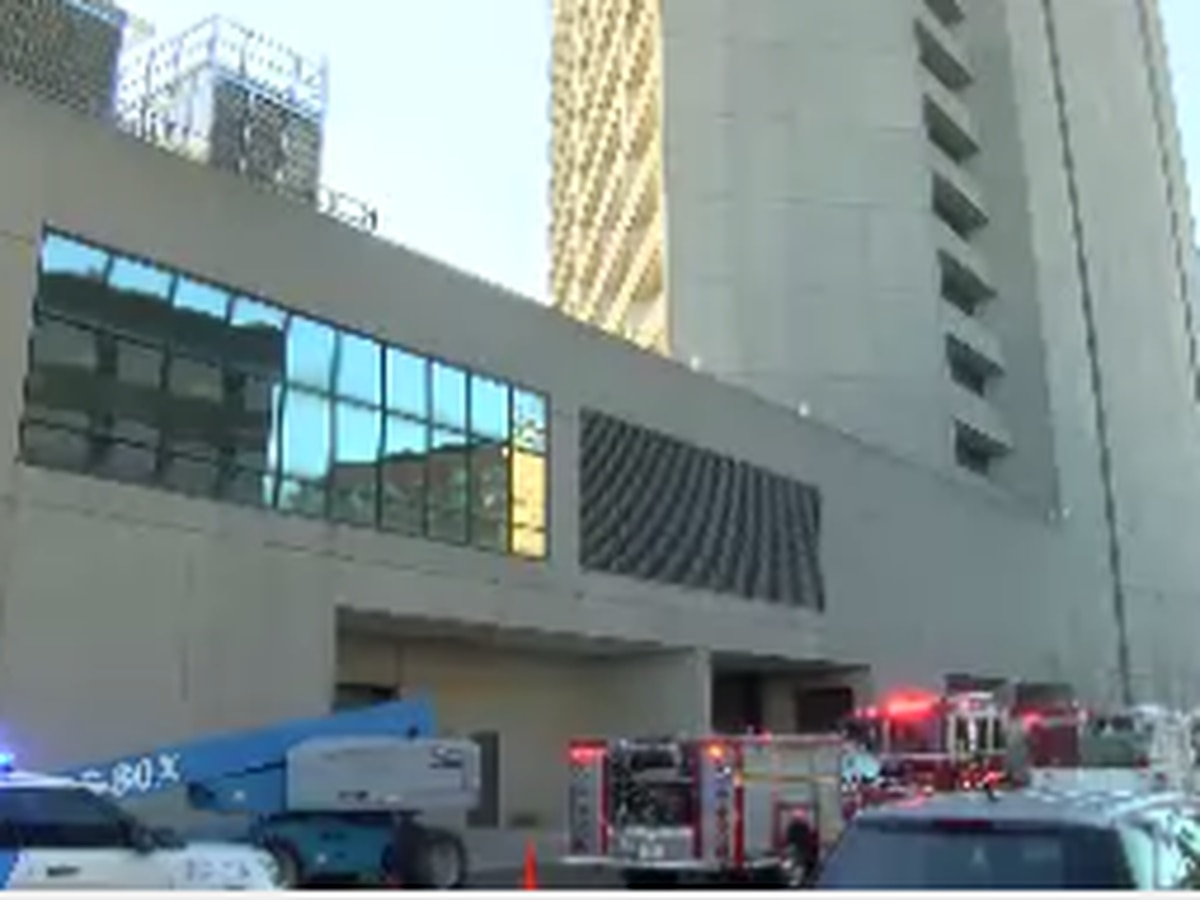 Entergy workers in hospital after being injured at federal building downtown