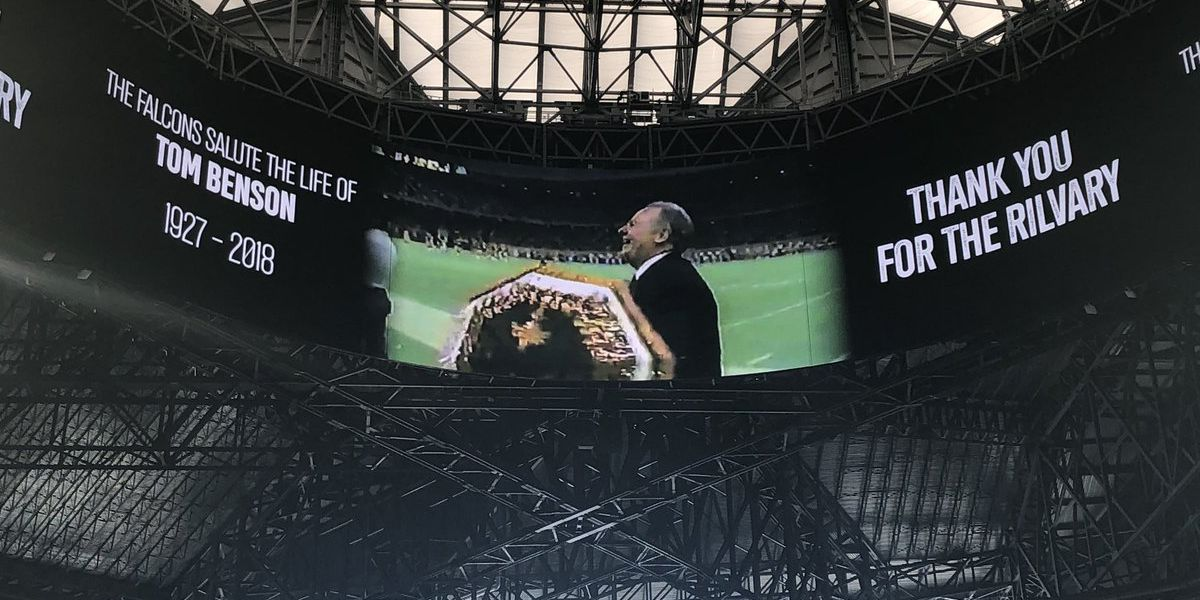 'Thank you for the rivalry': Falcons honor Tom Benson during Saints game