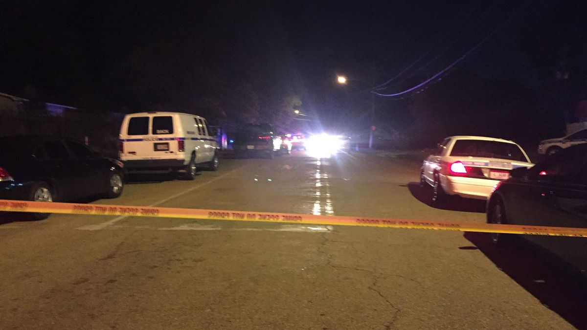 63-year-old man shot to death in carport during possible robbery in Jackson