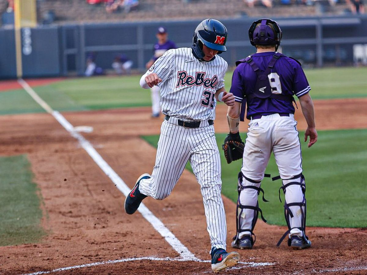 Elko leaves game with injury as Ole Miss routs North Alabama