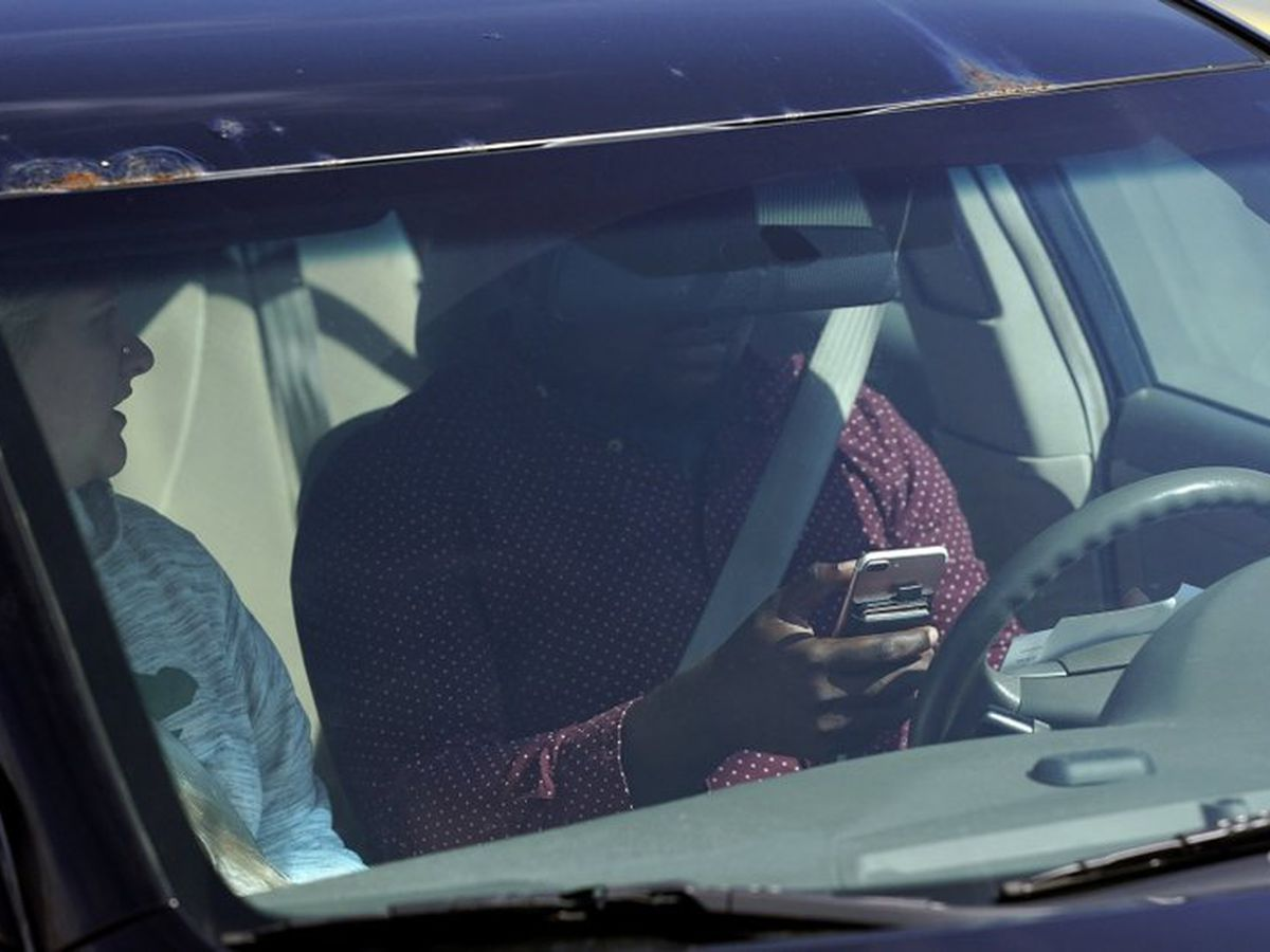 Distracted driving bill dies in House Judiciary Committee