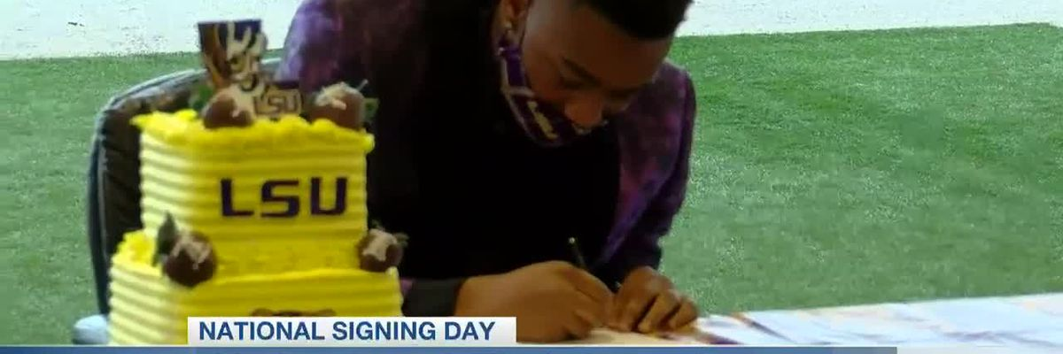 Deion Smith signs with LSU