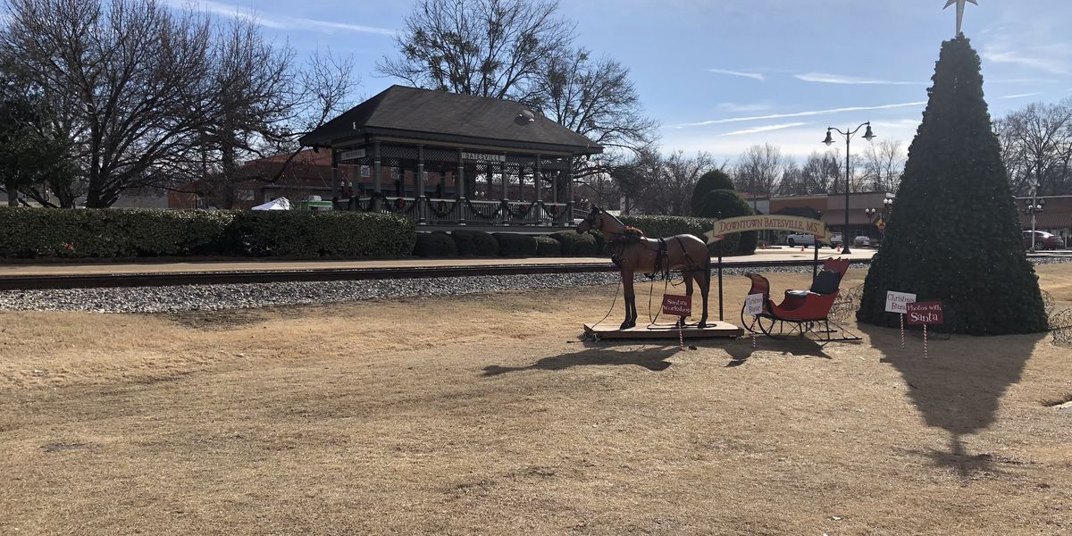 Train to Christmas Town canceled Friday due to track repairs following derailment