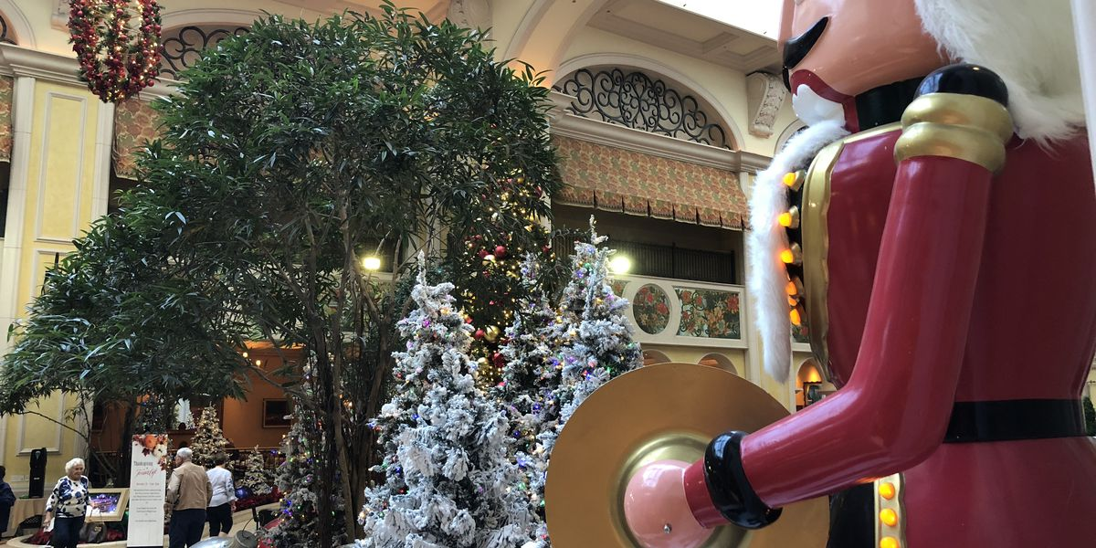 One-of-a-kind Christmas display up at Beau Rivage Casino Resort