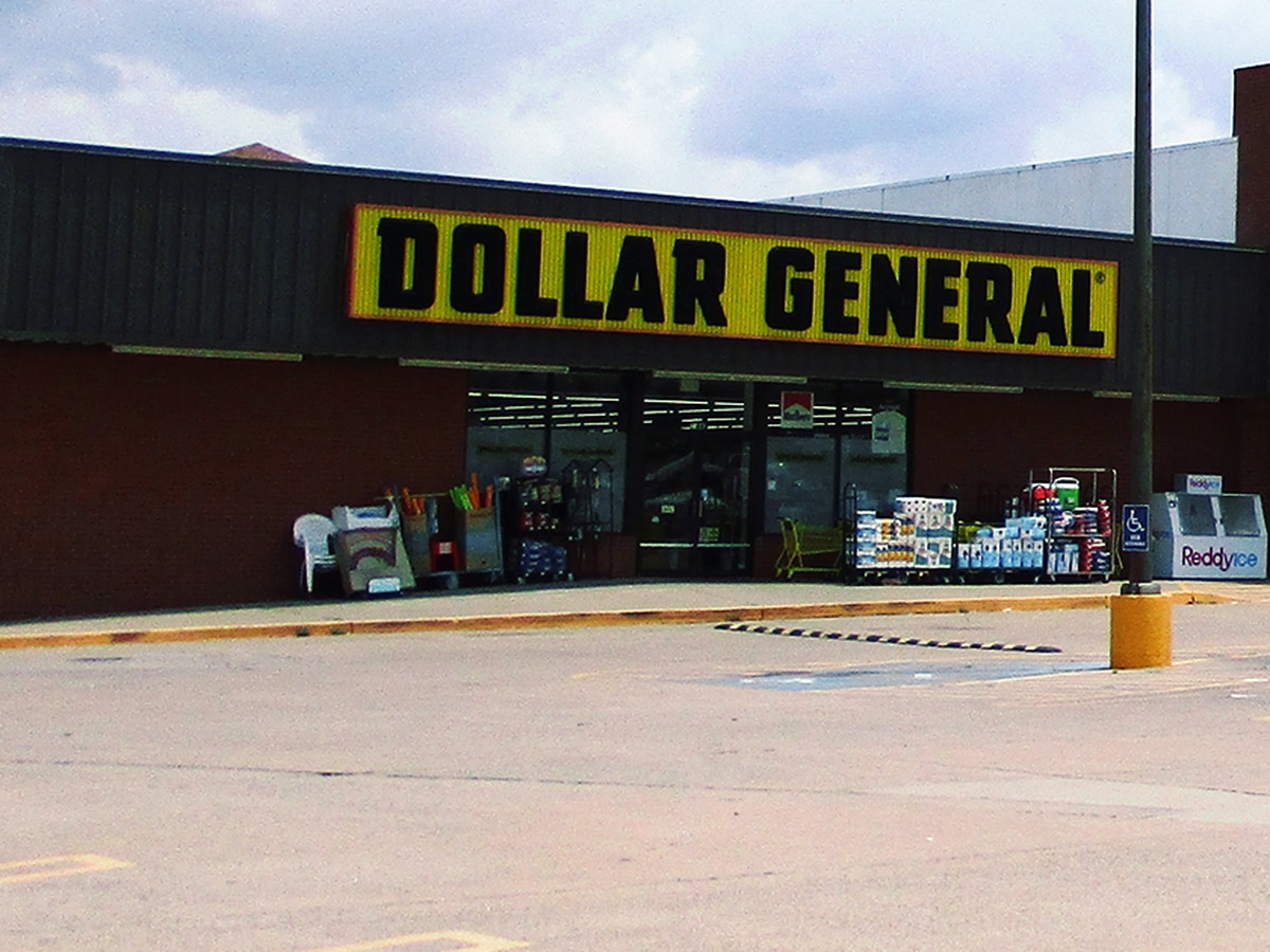 Two women accused of attempting to spend $1 million bill at Maryville Dollar General
