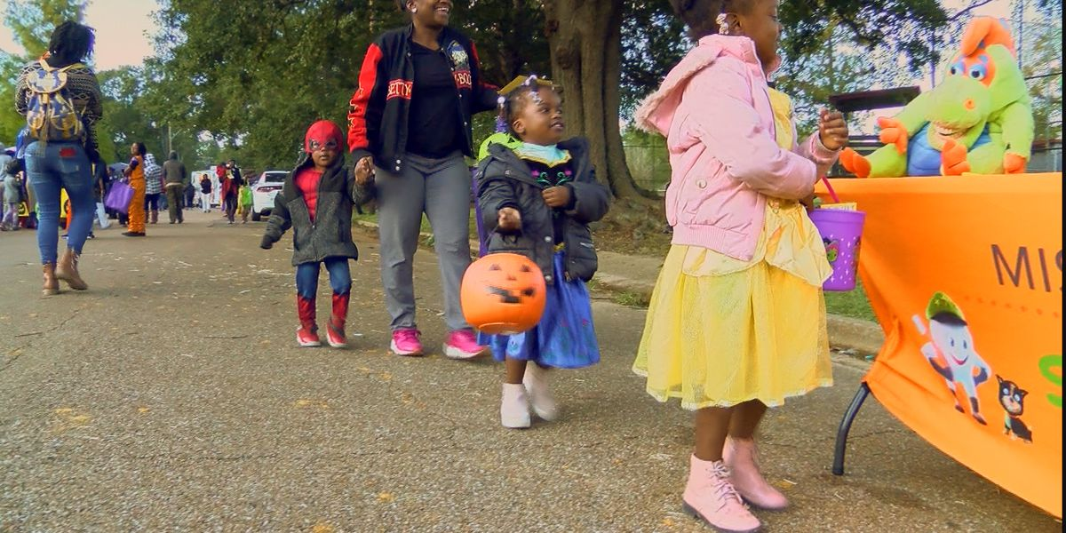 Halloween's chilly temperature's didn't scare off Trick-or-Treaters