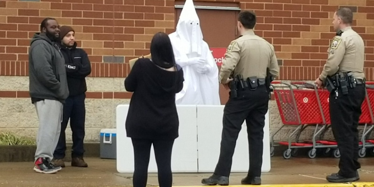Black man wearing KKK robe at Va. store told police he was 'conducting a social experiment'