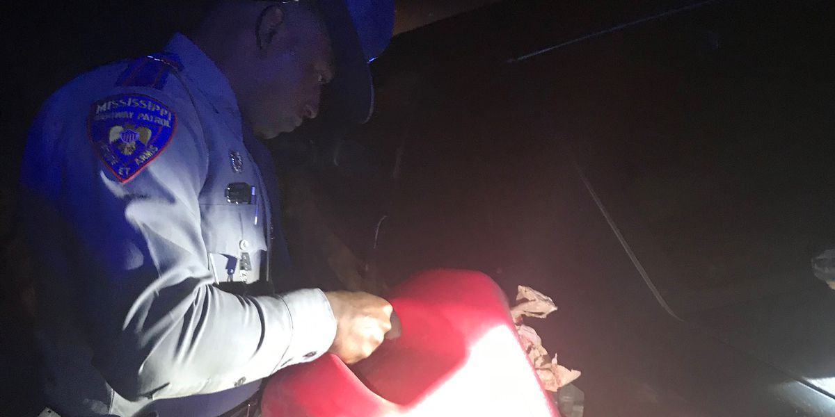 Stranded woman with no phone or gas finds help from Mississippi State Troopers