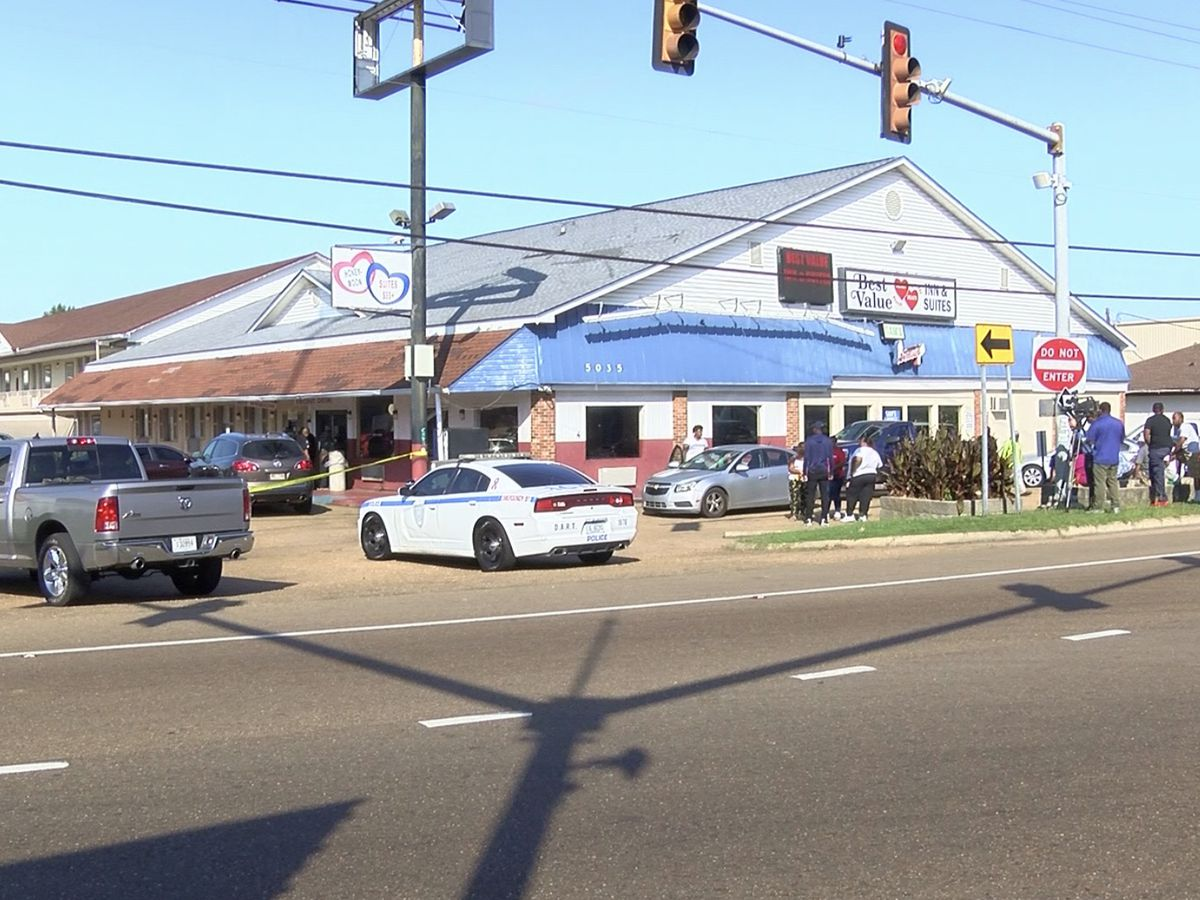Man in critical condition after shooting at Jackson motel, police say