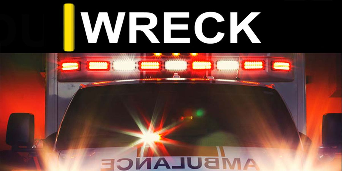 2 ejected, 1 entrapped after Dodge overturns in Issaquena County