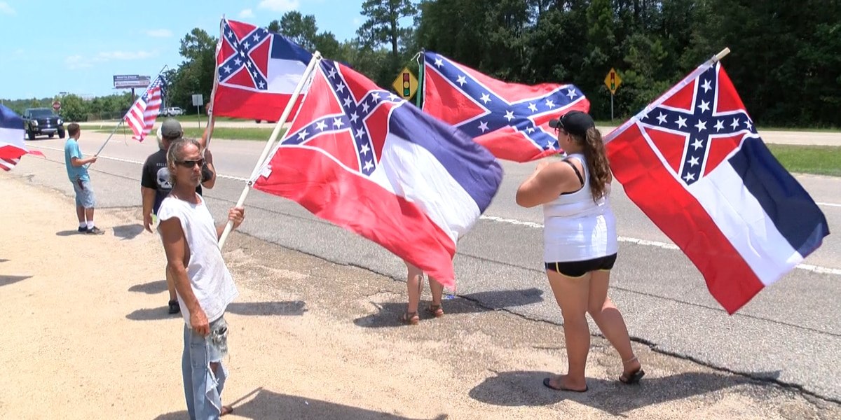South Mississippians protest to let the people vote on retired state flag