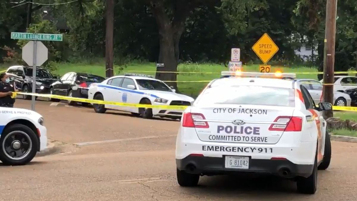 Man found shot to death in Jackson
