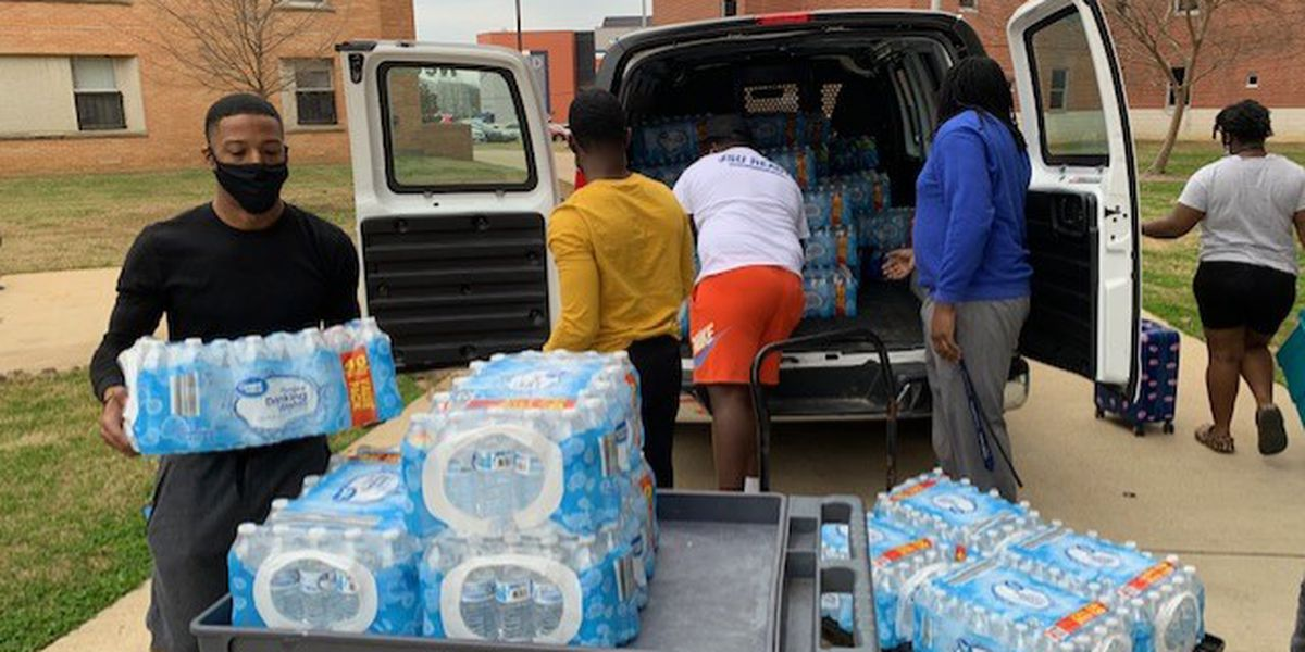 MSU students donate thousands of bottles of drinking water to Jackson State
