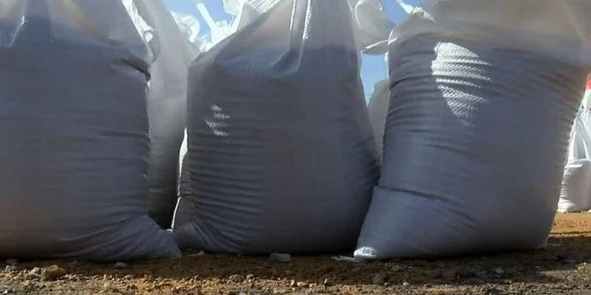 10,000 sandbags available for Jackson residents as rain threat continues