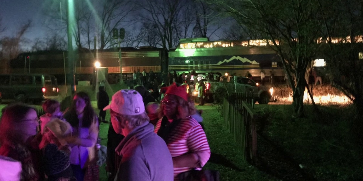 Over 200 passengers aboard as Christmas train derails in North Mississippi
