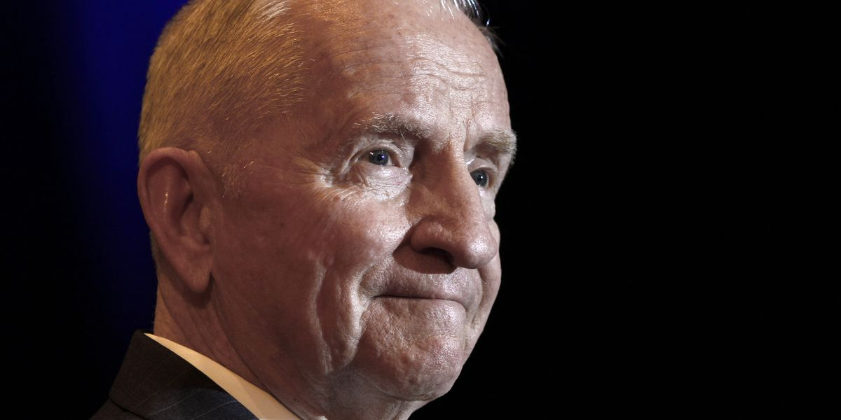 H. Ross Perot, former presidential candidate, dies at 89