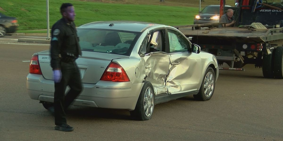 16-year-old charged with armed carjacking that led to crash on Lakeland Dr.
