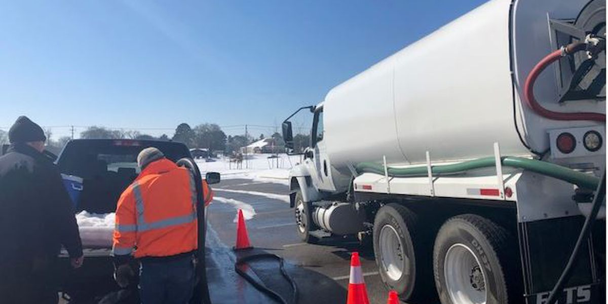 Pick up free, non-potable water in Jackson beginning 9 a.m. Mon.
