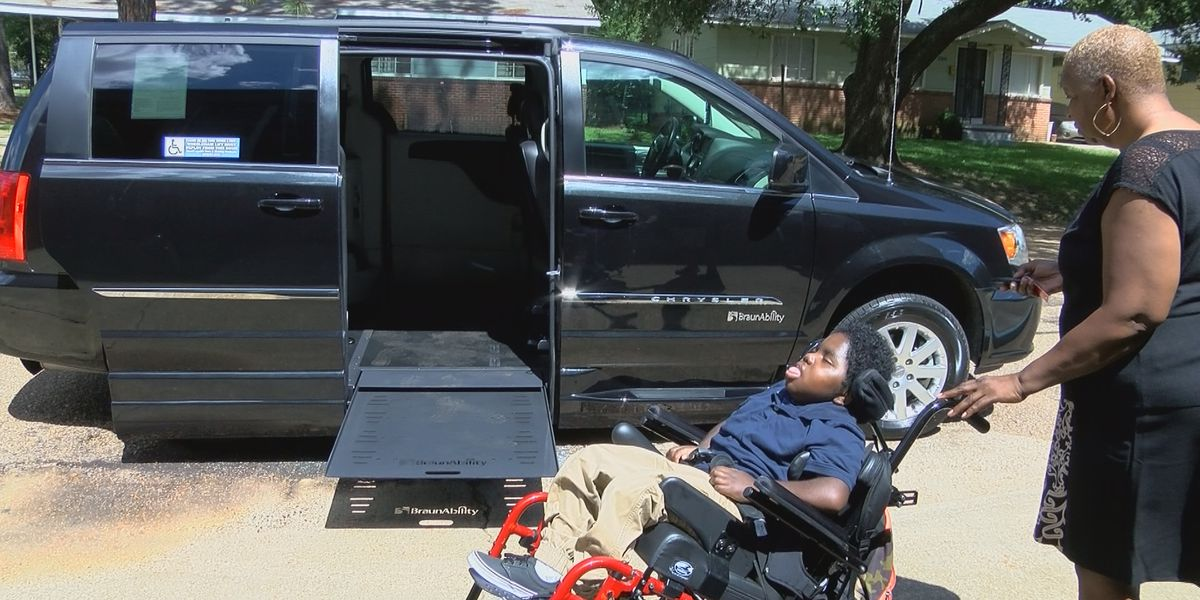 8-yr-old boy in need gets handicapped accessible van