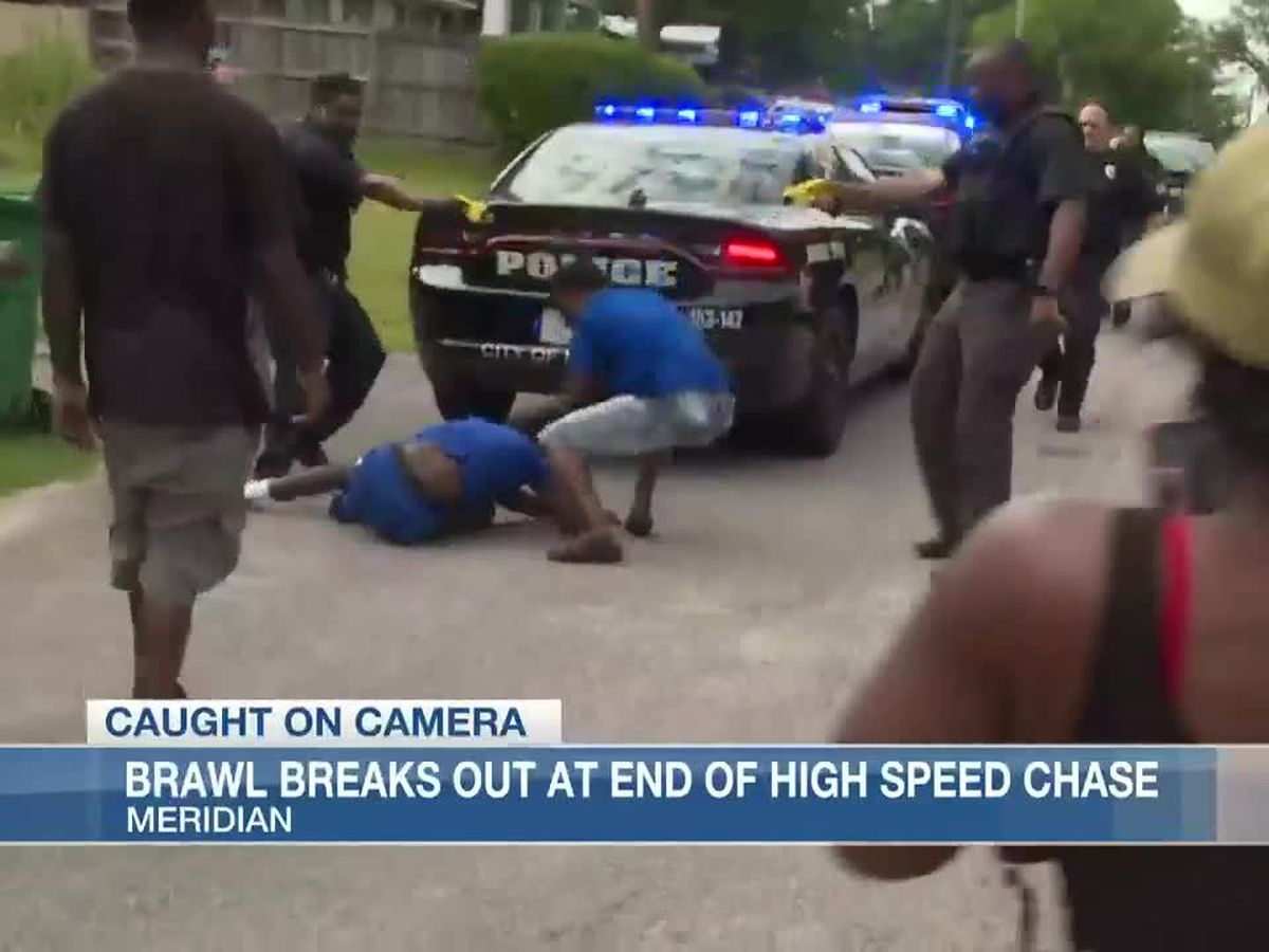 Brawl breaks out at end of high speed chase in Meridian