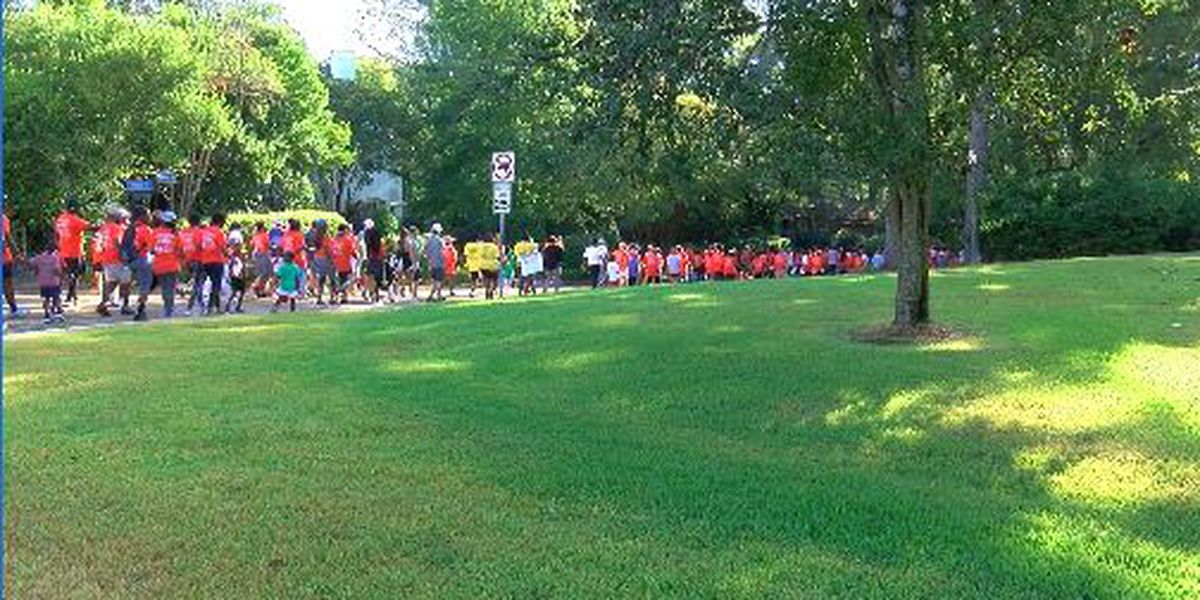 Hundreds take steps to raise awareness about kidney disease in Fondren