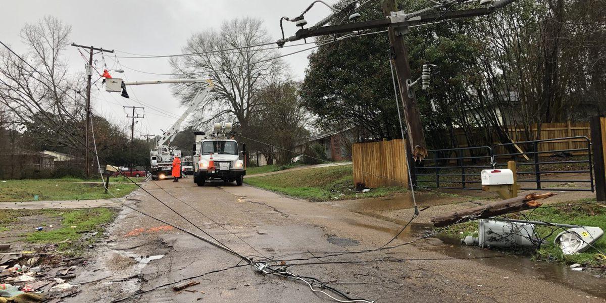 Car crash levels power lines, puts 100s in dark