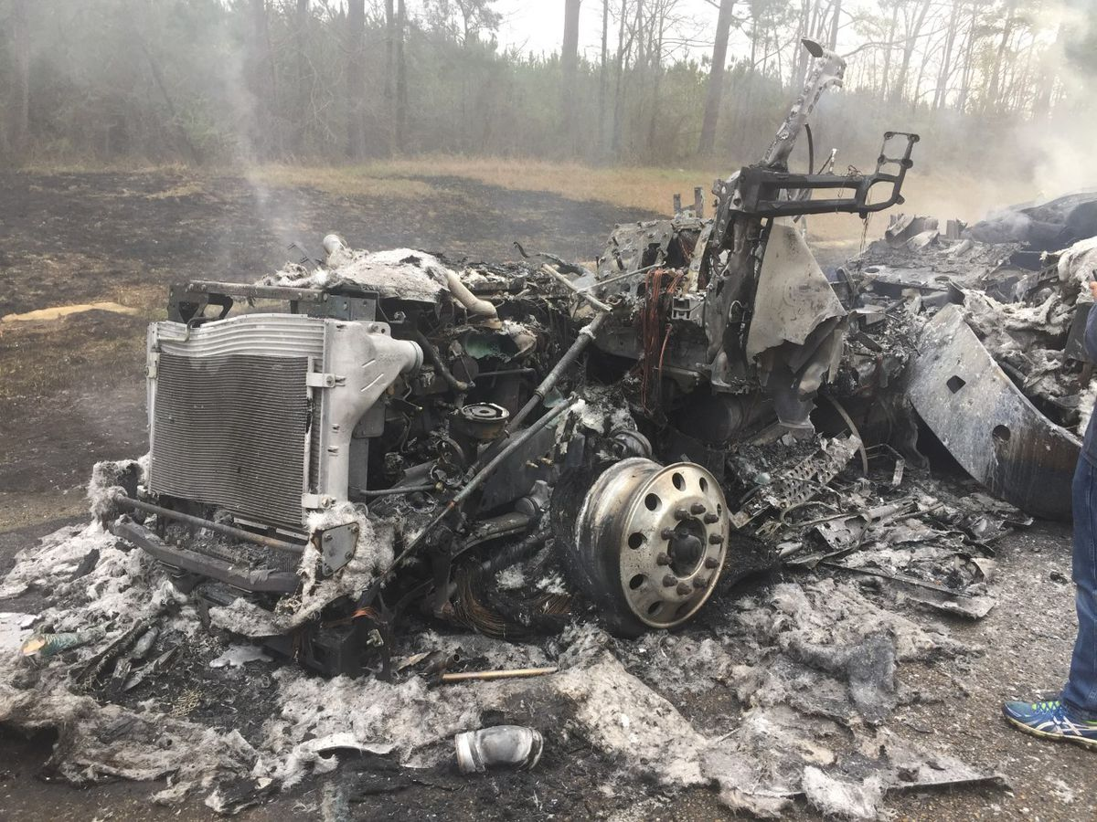 Two 18-wheelers destroyed in fire on I-20 in Scott Co.