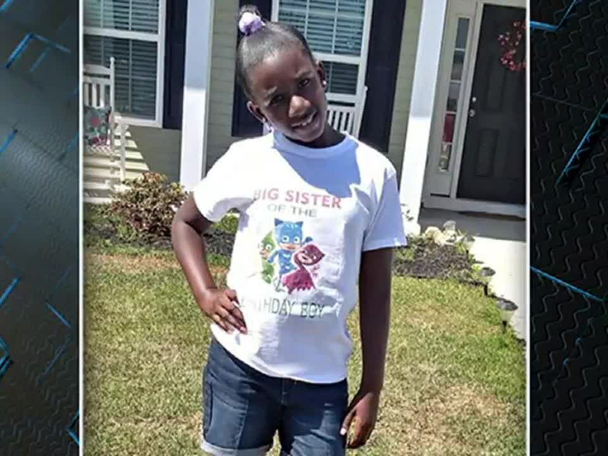 SC 5th-grader RaNiya Wright held in headlock, hit in head during fight, according to witness statements, newly-released 911 tape