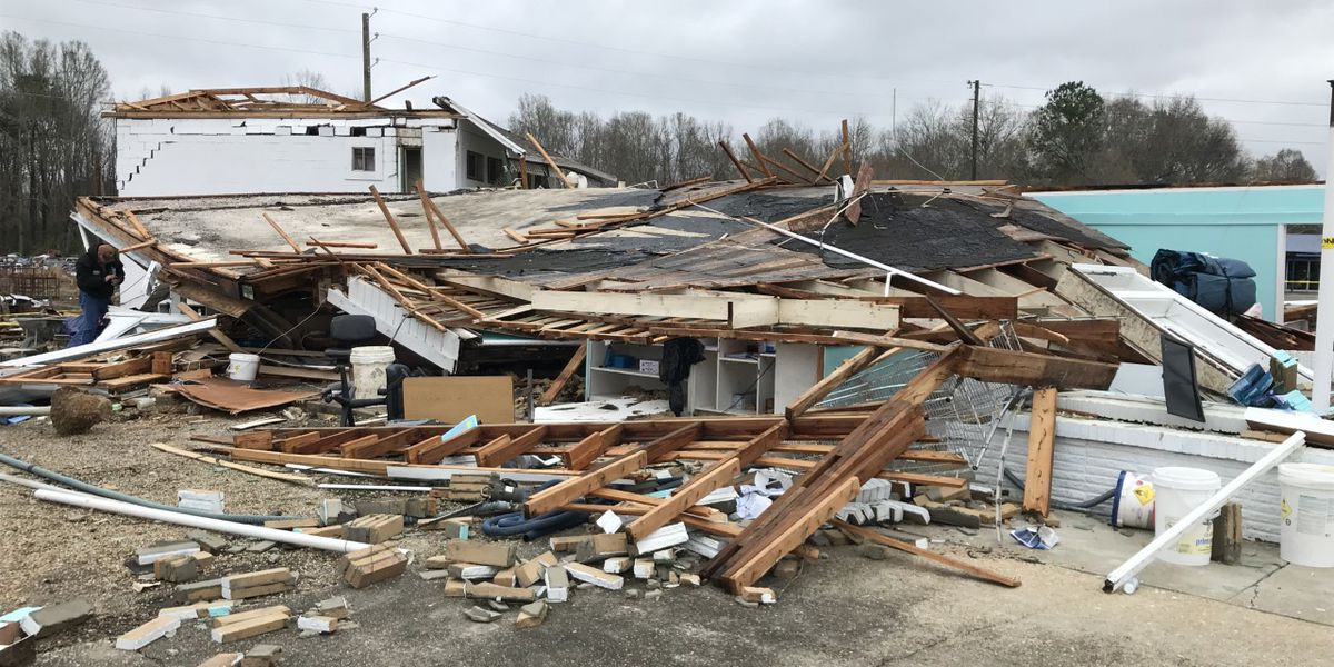 Several tornadoes tear through Mississippi
