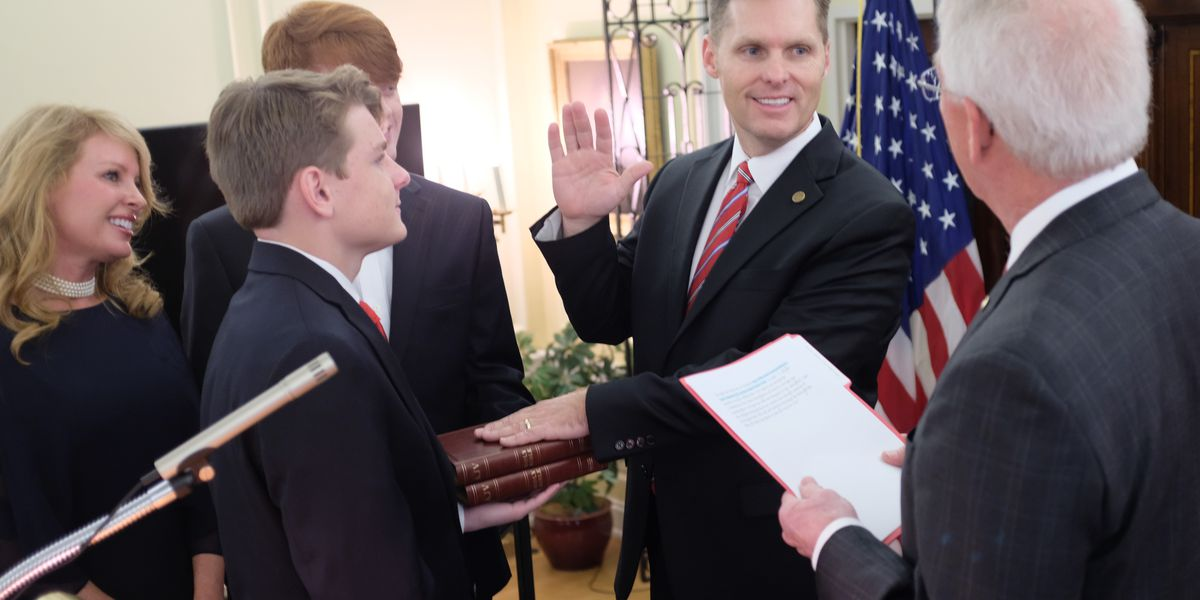 Michael Guest sworn in as District 3 Congressman