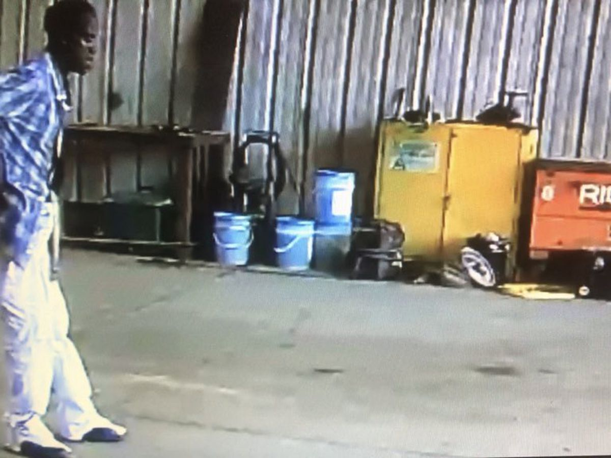Jackson police searching for man who stole welding equipment from business