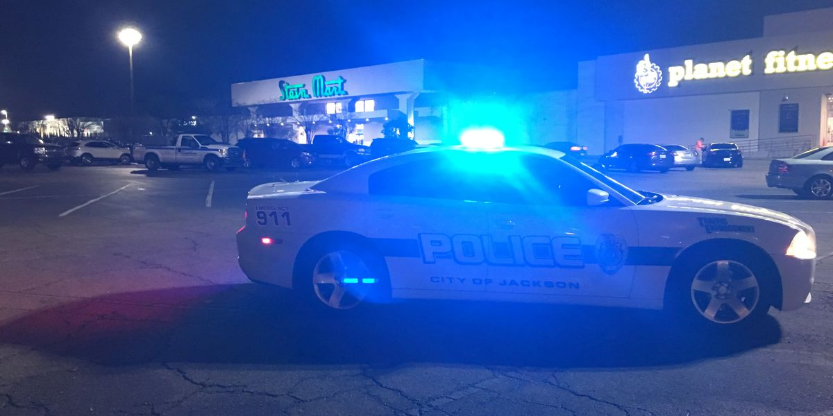 OPERATION SAFE SHOP: Shoppers happy to see JPD's flashing blue lights