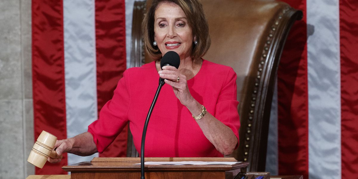 Amid shutdown, Pelosi suggests State of the Union address be delayed