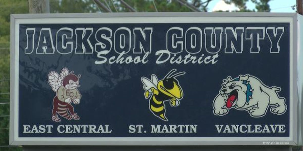 Superintendent of Jackson Co. Schools recommends not to assess students based on grades