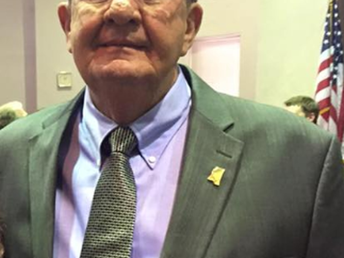 Simpson Co. Sheriff Donald O'Cain falls ill during work shift
