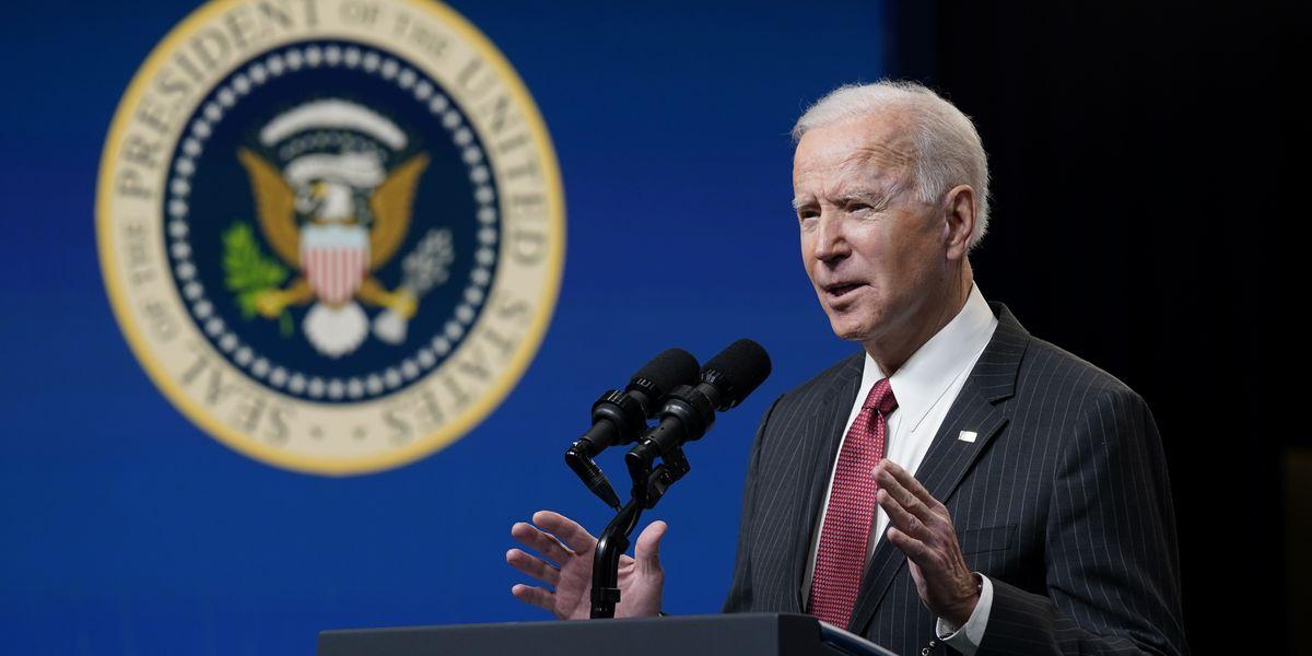 AP-NORC poll: Americans largely back Biden's virus response
