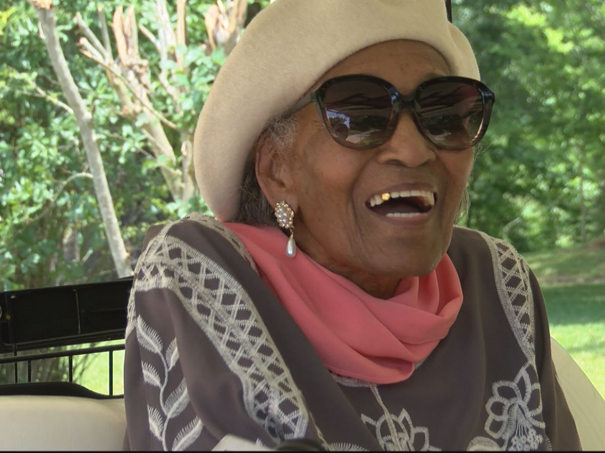 Terry woman celebrates 108th birthday with a parade
