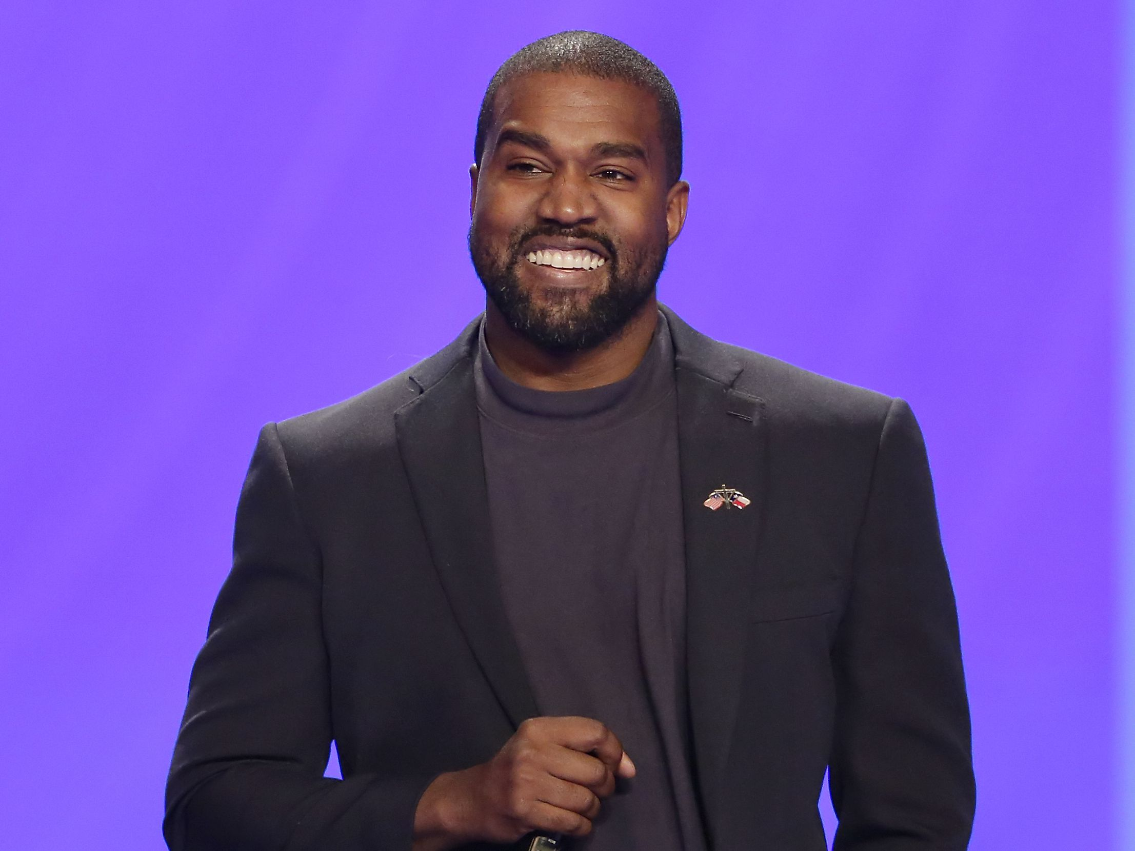 Kanye West tweets he's running for president