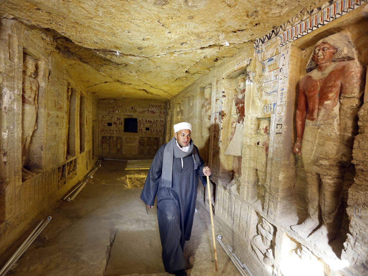 Egypt announces discovery of 4,400-year-old tomb