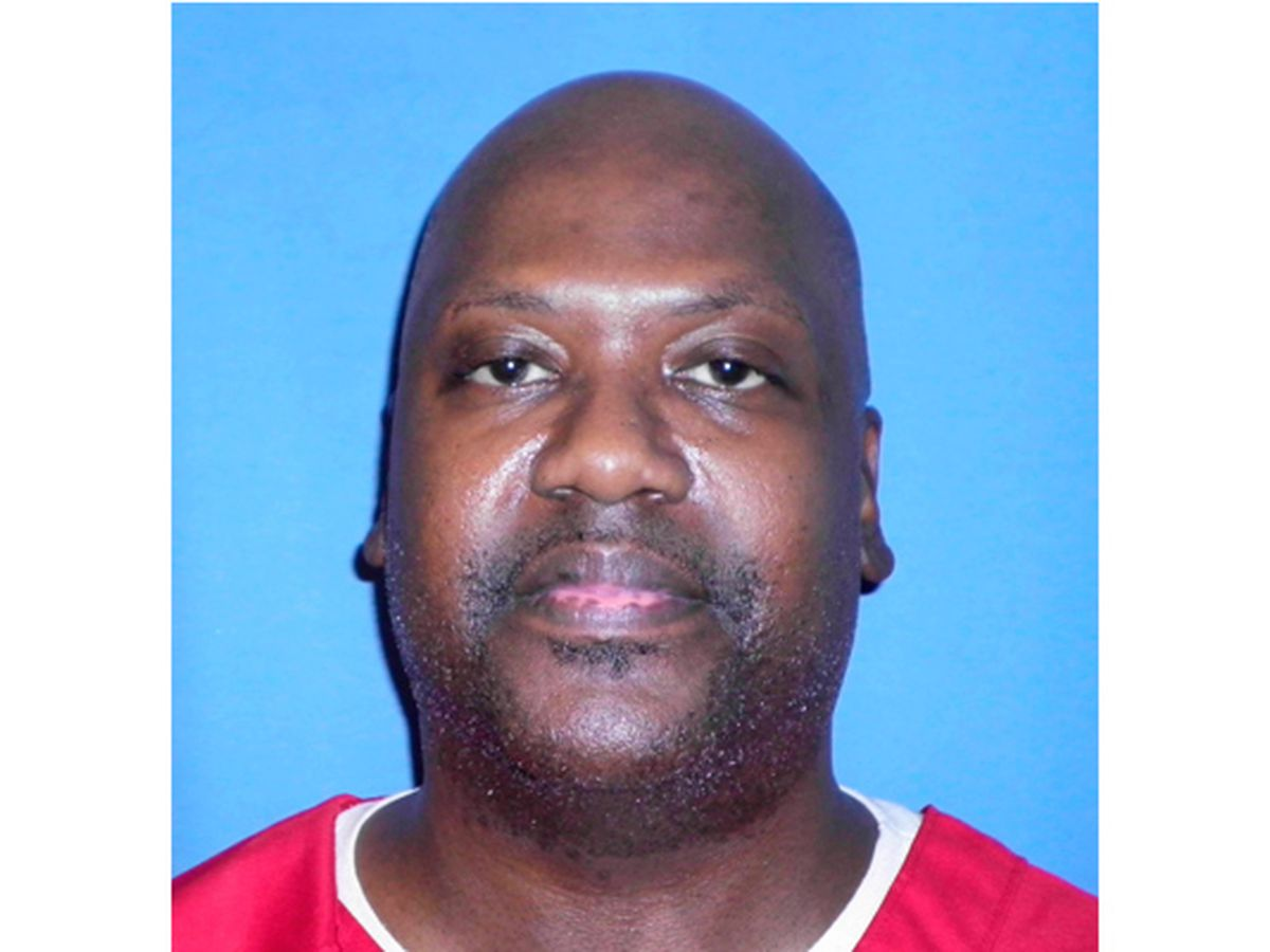 U.S. Supreme Court throws out death row inmate Curtis Flowers' murder conviction