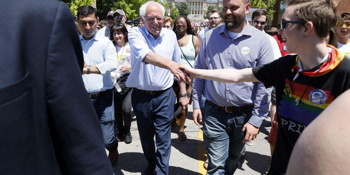 Warren challenges Sanders for progressives' 2020 support