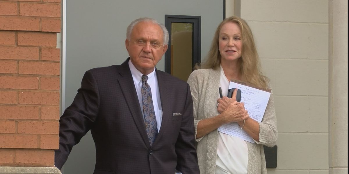 Former MSU football coach Jackie Sherrill gets his day in court, 15 years later