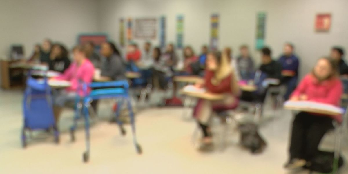 Mississippi high school teachers being surveyed about U.S. History test