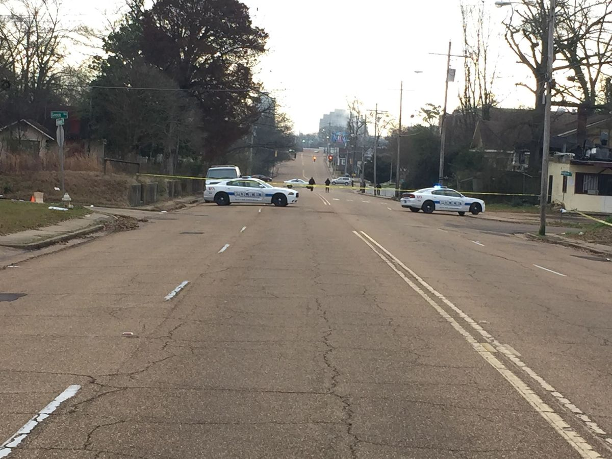 Man shot on Robinson Rd. dies from injuries