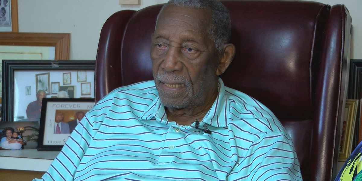 Charles Evers, brother of Medgar Evers, dead at 97