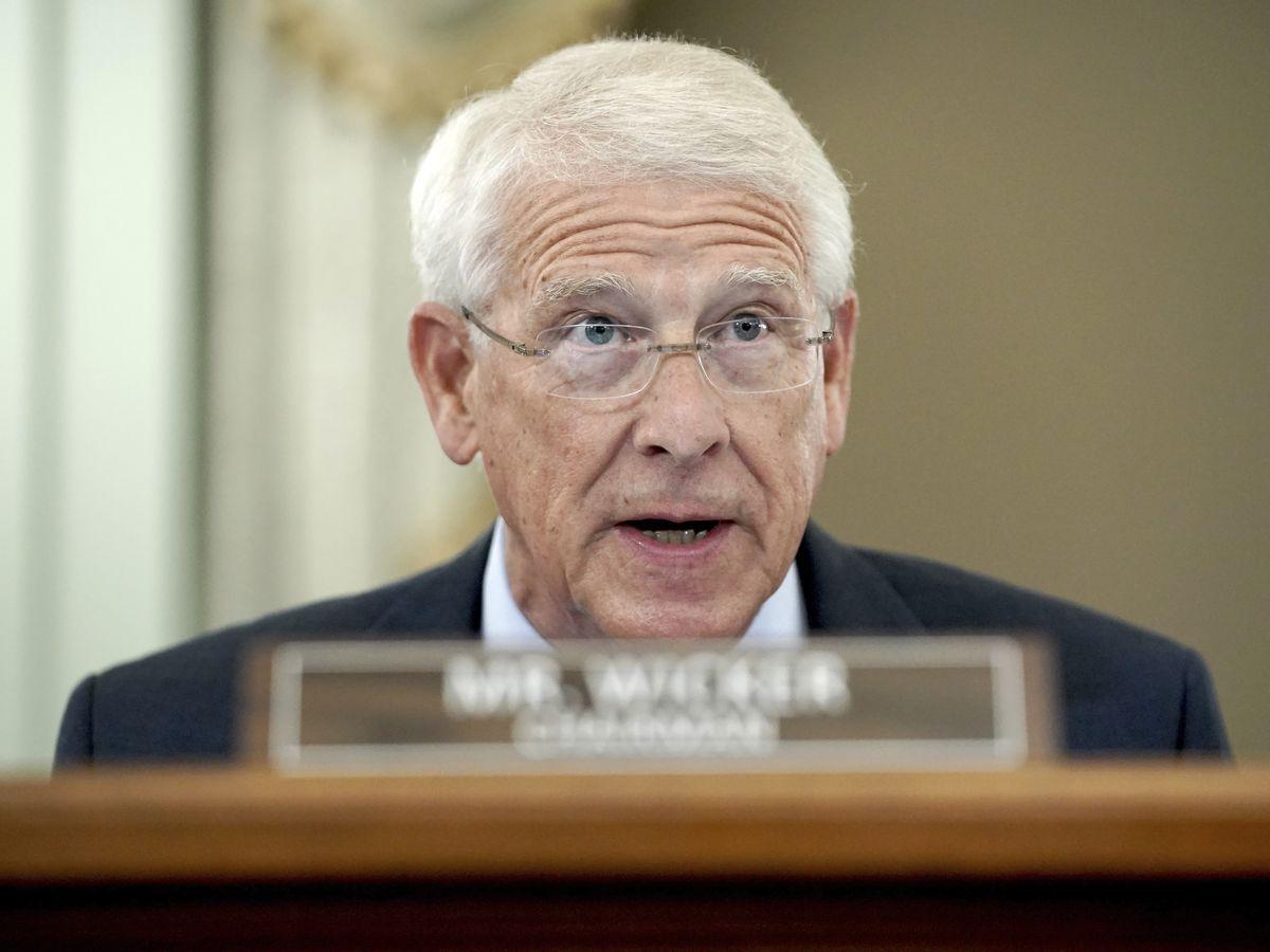 Sen. Wicker accuses Big Tech of suppressing Conservative voices, cites Hunter Biden story