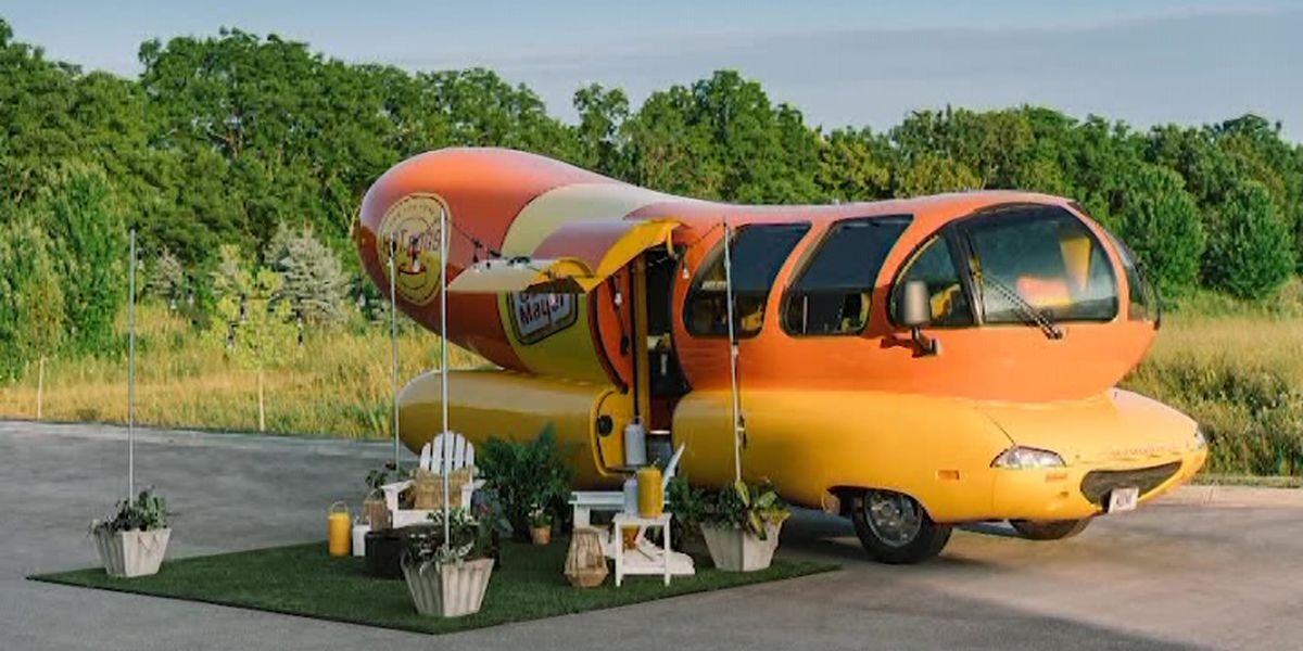 Oscar Mayer to list Wienermobile on Airbnb for overnight stays