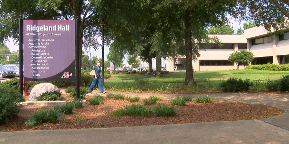 Holmes Community College opens with COVID-19 safety plan