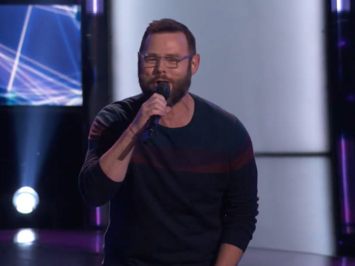 Mississippi pastor advances to top 9 on 'The Voice'