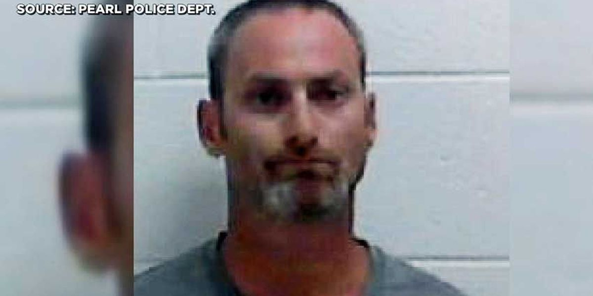 Pearl youth baseball coach busted with pot